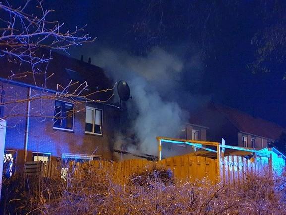 Veel schade aan woning door uitslaande brand in Hengelo