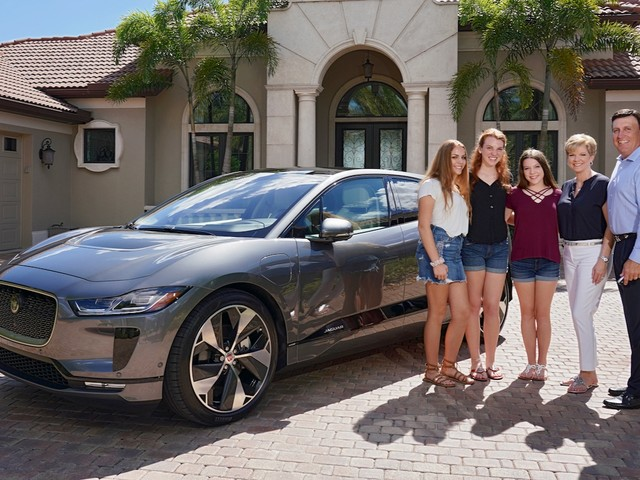 Jaguar delivers the first I-Pace in the US