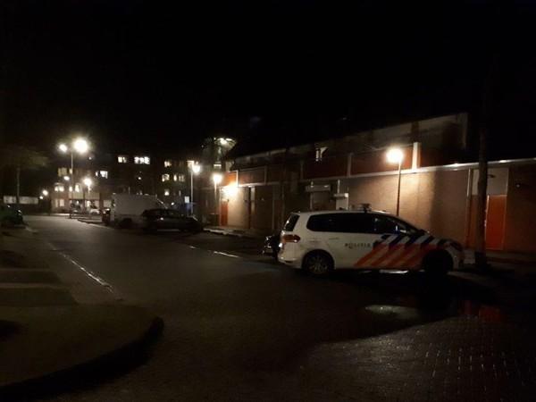 Bezorger verwondt overvaller in Almelo