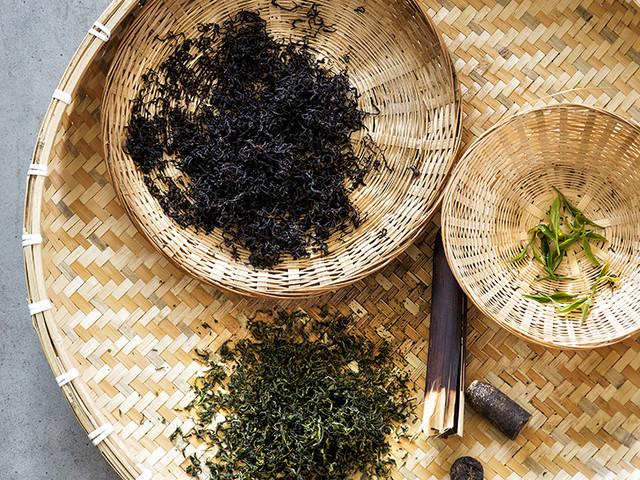 Dit is het verschil tussen witte, groene en zwarte thee