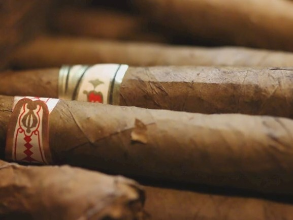 Directeur sigarenfabriek De Olifant heeft tabak van betuttelende overheid
