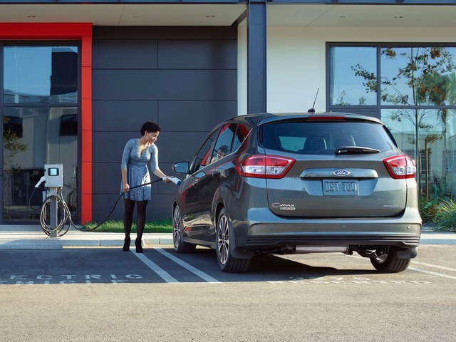 Ford C-Max Energi is done, C-Max Hybrid's days are numbered