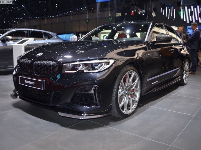 Geneva 2019: BMW M340i G20 with M Performance Parts