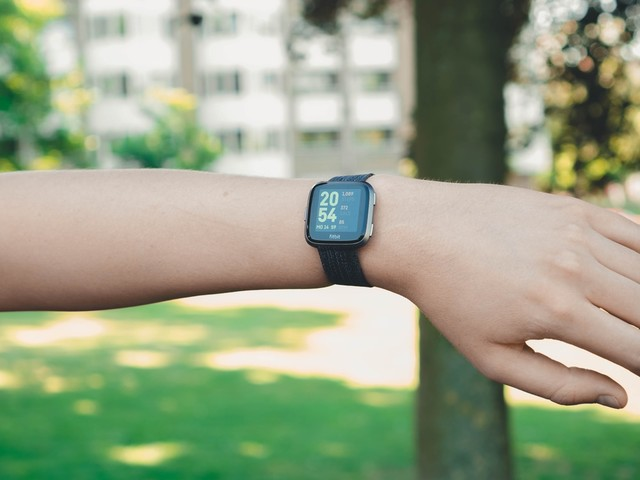 Fitbit Versa review: betaalbaar Apple Watch-alternatief voor sporters