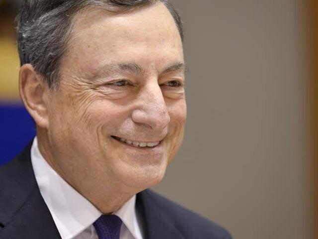 Europese Ombudsman: Draghi moet bankiersclub verlaten