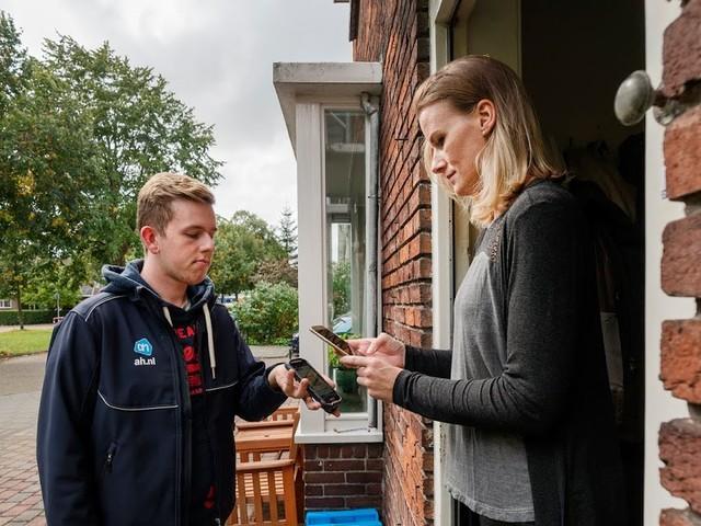 Albert Heijn introduceert gemakkelijk betalen bij thuisbezorgen