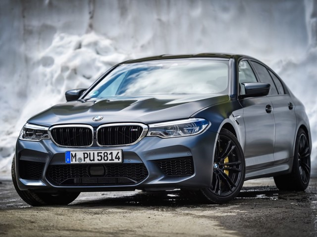Video: Check out a 1000-HP BMW M5 doing 200 mph on the Autobahn