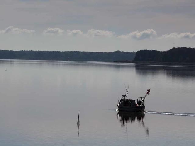 Früh morgens auf dem Wasser – Aquarell von Frank Koebsch