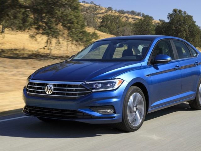 2019 VW Jetta debuts in Detroit, priced at $18,545