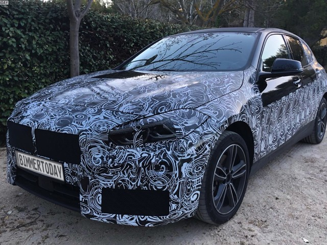 Spy Photos: 2019 BMW 1 Series F40 Hatch with front-wheel drive