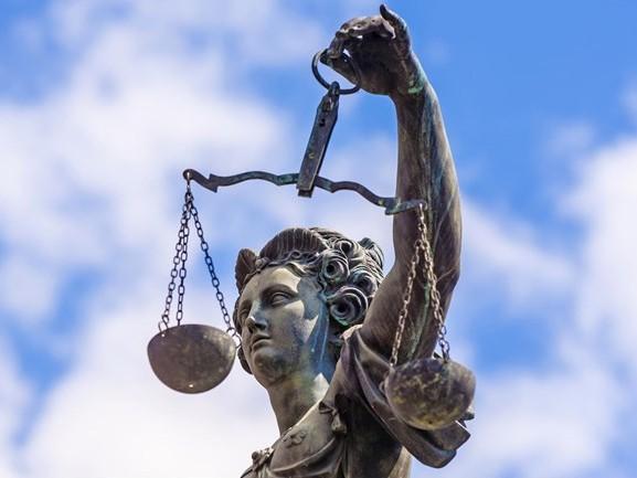 Opa uitHaaksbergenbetast kleinzoon 'per ongeluk': celstraf geëist