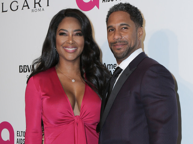 Babies: Did Kenya Moore Make A Reunion Revelation That She's Toting A Tiny Twirly Tot In Her Tummy?