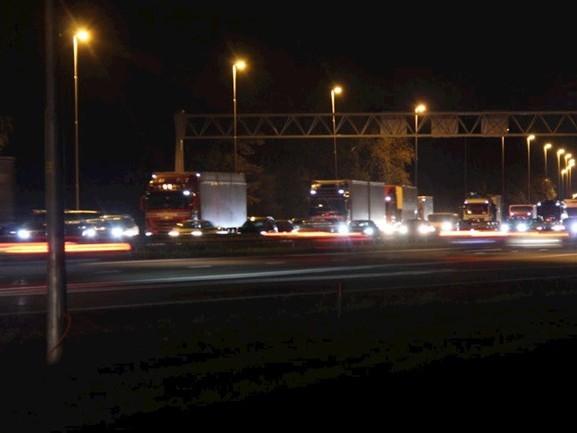 Kop-staartbotsing op A1 bij Bathmen veroorzaakte tijdens avondspits veel vertraging