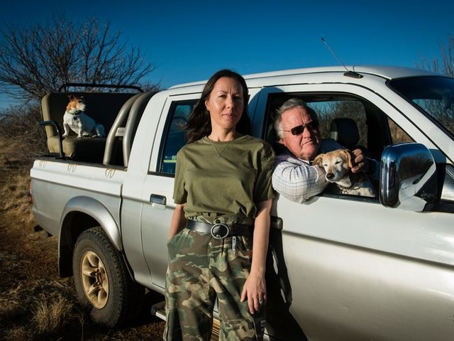 John Hume wil de hoorns van zijn 2000 neushoorns verkopen, juist om ze te redden