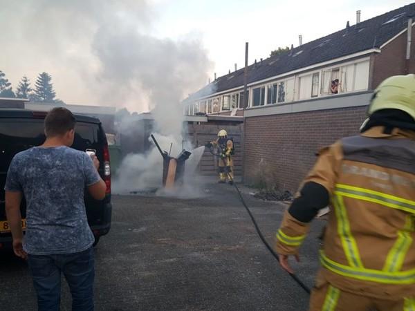 Brandweer rukt uit voor buitenbrand in Vroomshoop