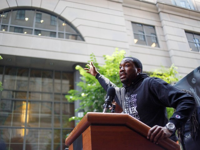 Represent-Represent! Meek Mill's Speech At His Rally Before Seeing Judge [Video]