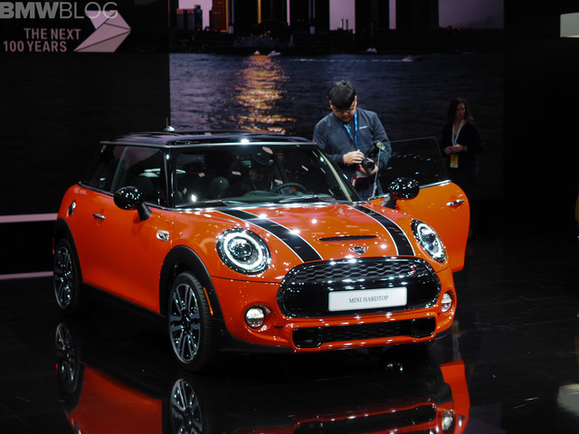 2018 Detroit Auto Show: The new MINI Hardtop Facelift