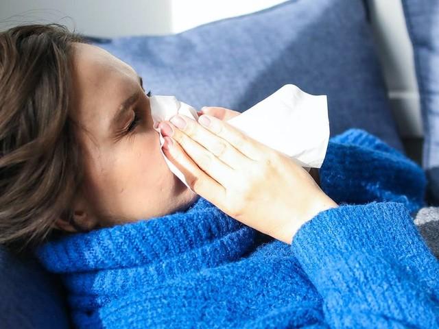 Coronanieuws: Britse virusvariant bij elf Nederlanders vastgesteld, minder dan 7500 coronameldingen