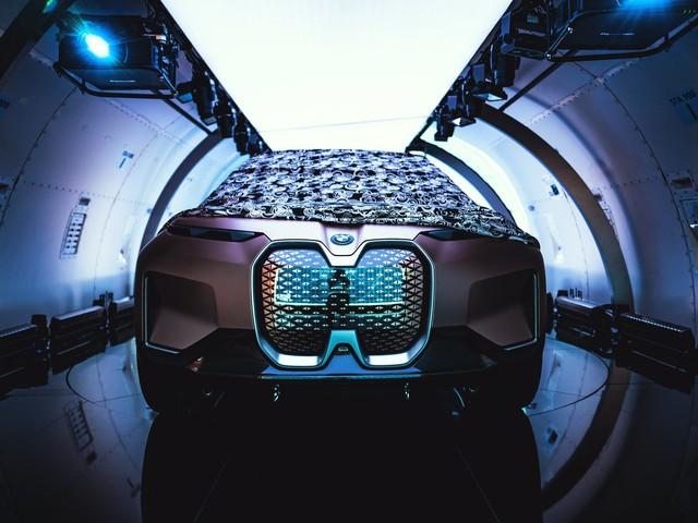 Klaus Fröhlich to talks about BMW iNEXT