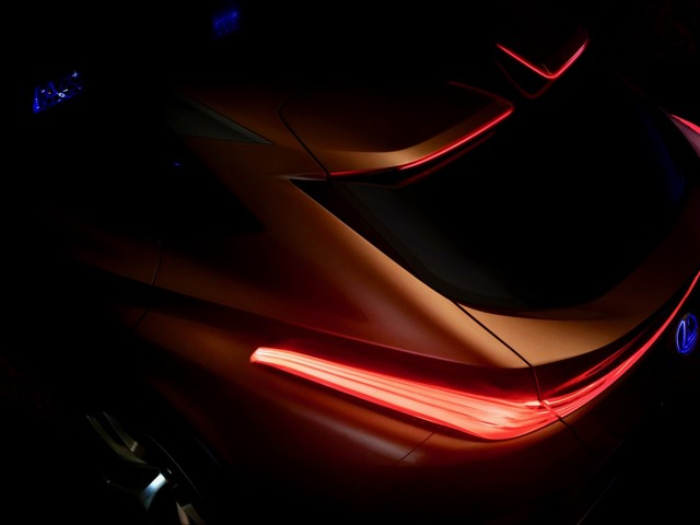 Lexus LF-1 flagship crossover concept teased