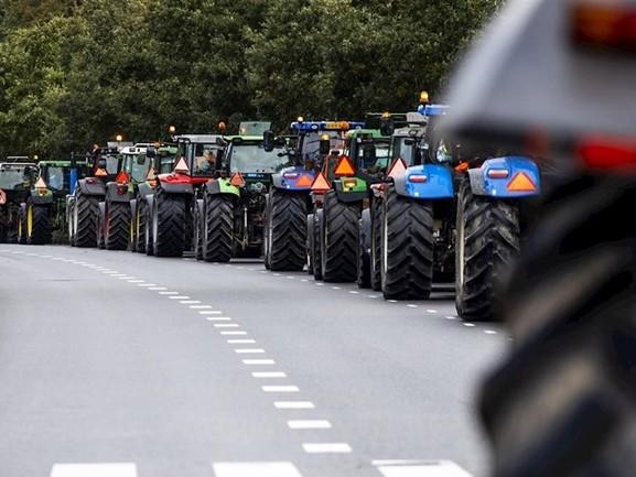 Trekkers weer richting Den Haag, ANWB waarschuwt voor zware ochtendspits