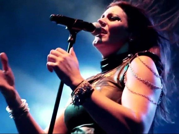 Iedereen houdt van Floor Jansen: 'Ze steeg boven alle anderen uit'
