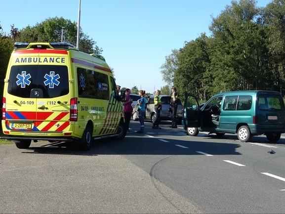 Gewonde bij aanrijding in Wanneperveen