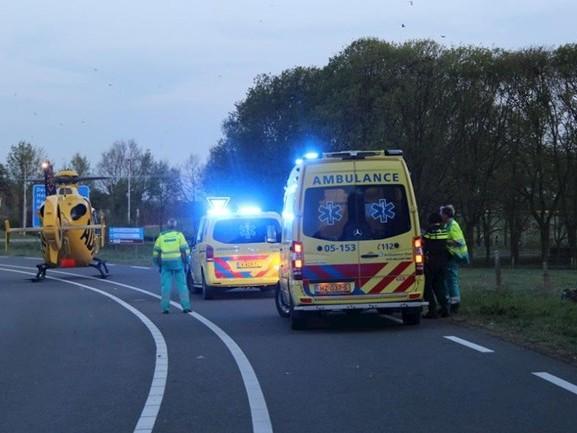 Traumahelikopter rukt uit voor ongeval met motorrijder in Holten