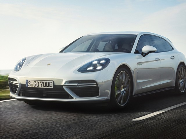 2019 Porsche Panamera GTS and Cayman T might be coming