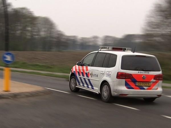 Politie filmt zes minuten durende spoedrit naar gewonde fietser in Wierden