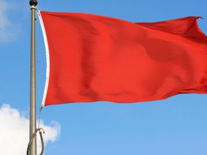 Funniest (And MESSIEST) Red Flag Tweets