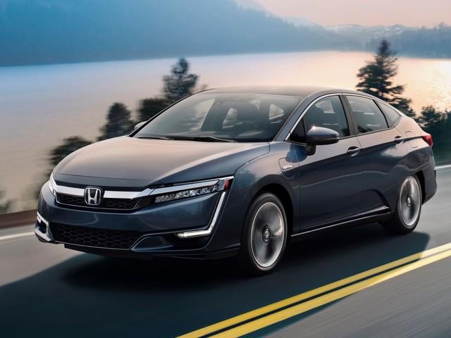 2018 Honda Clarity Plug-in Hybrid priced at $34,290