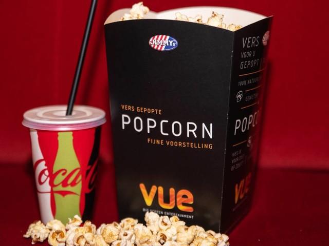 Coronanieuws: nieuwe 'party-teststraten' voor bezoek aan bioscoop, concert en sportwedstrijd