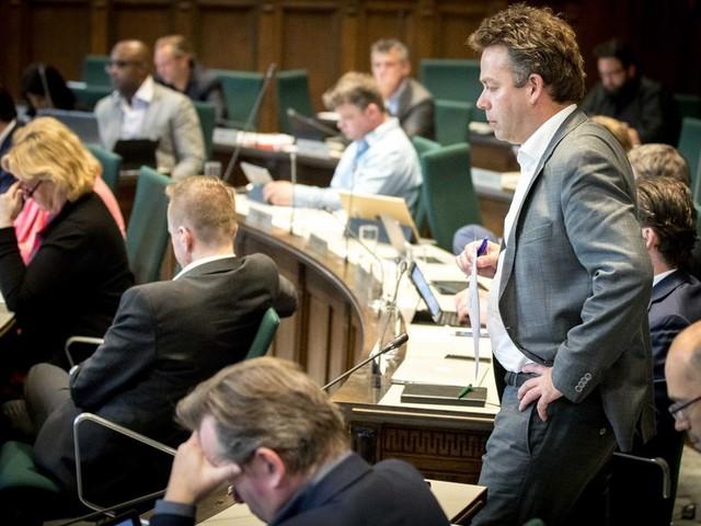 D66 zet lid uit de fractie: Rotterdamse coalitie is meerderheid kwijt