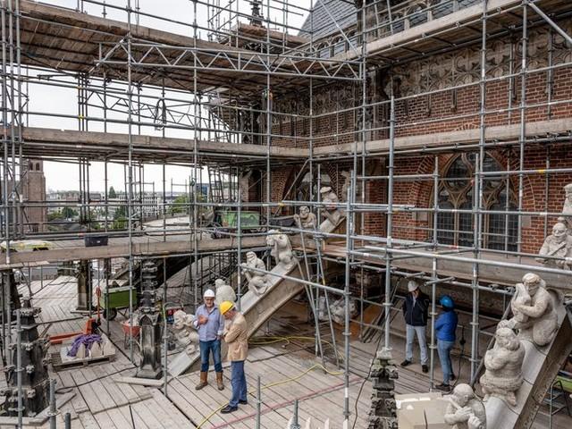 De Eusebiuskerk restaureren is schreeuwend duur, maar dan heb je ook wat