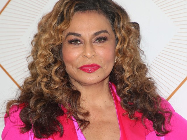 Beyonce's Mom Gets It In: Watching Miss Tina Lawson Groove Is Pure Life! [Video]