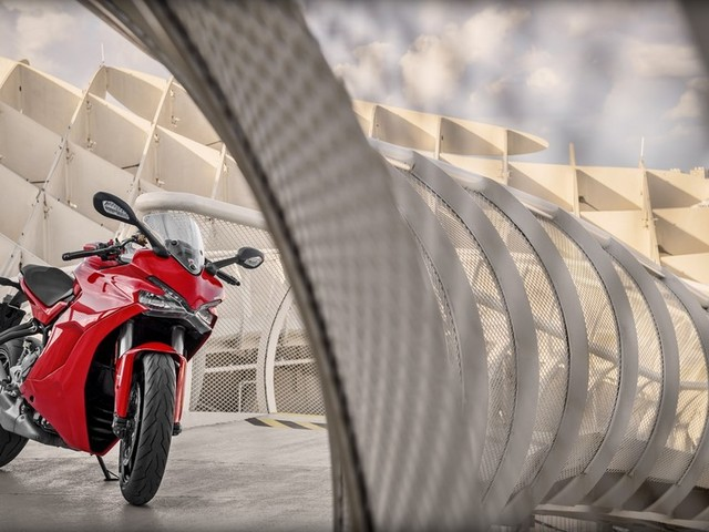 Ducati SuperSport Launched, Priced From Rs. 12.08 Lakhs