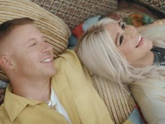 "Macklemore Feat. Kesha ""Good Ol Days"" Video"