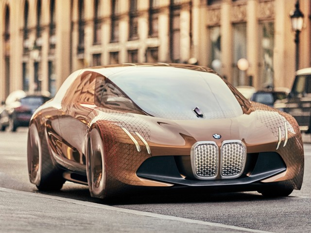 BMW iNEXT SUV concept will preview an electric SUV this year