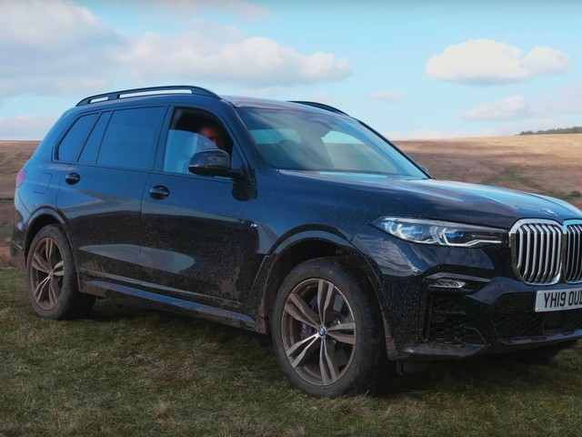 Video: Rory Reid Reviews the BMW X7 on and off Road