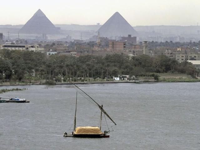 Musk gelooft het echt: De piramiden van Gizeh zijn gebouwd door aliens