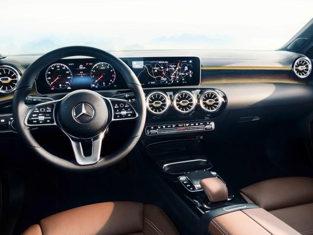 2018 Mercedes-Benz A-Class gets a classy interior