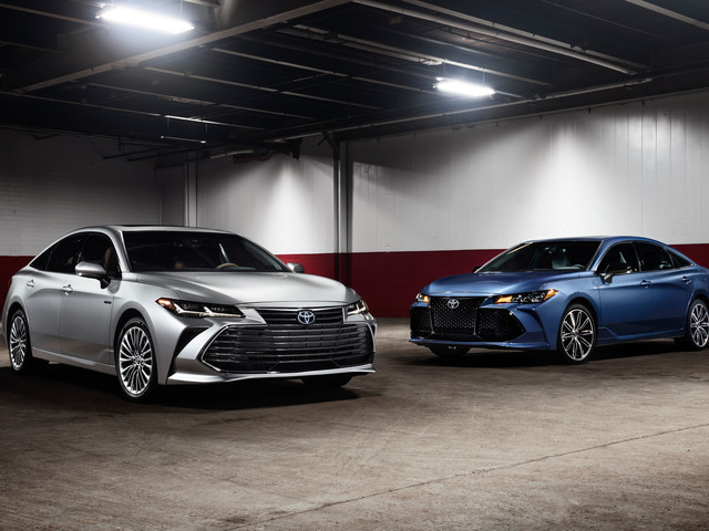 2019 Toyota Avalon: A Snoozer Turns Snazzy – Official Photos and Info