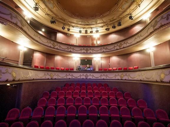 Enthousiaste bezoekers bij eerste filmmiddag van filmhuis Concordia Enschede