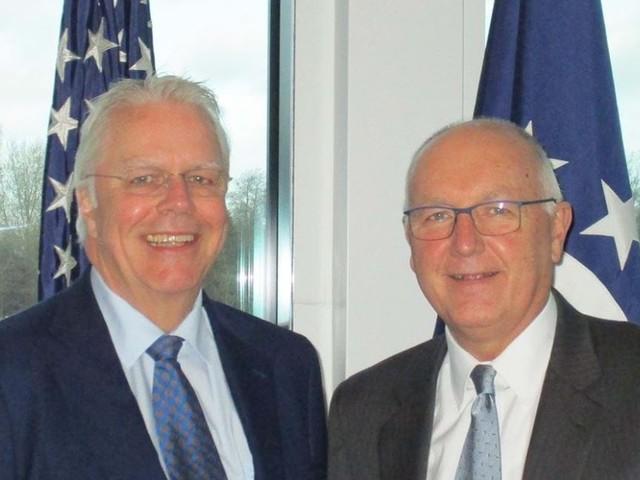 NVB vraagt aandacht voor FATCA-problematiek bij Amerikaanse ambassadeur