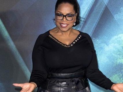 "A Lil Positivity: Oprah Surprises New Jersey High School With $500K Donation To ""Lights On"" Program"