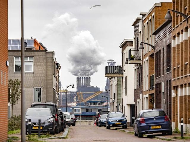IJmuiden is een unieke, maar geen perfecte locatie voor Tata Steel