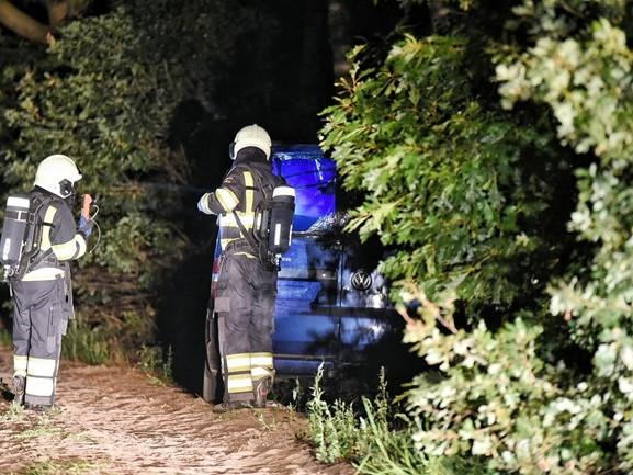 Busje met drugsafval ontdekt bij camping Ponderosa in Ulicoten, gasten opgevangen in kantine