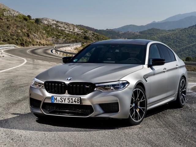 VIDEO: BMW M5 vs Tesla Model S vs AMG GT4 vs Porsche Panamera Turbo S E