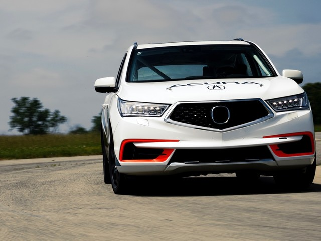 Acura has created a 400-hp MDX for Pikes Peak